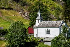BLOG Naeroyfjord Gudvangen June2014_DSC7479