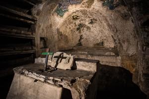 BLOG Naples Catacombs 13Nov2014-9145