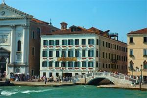 Venice Sandler-7